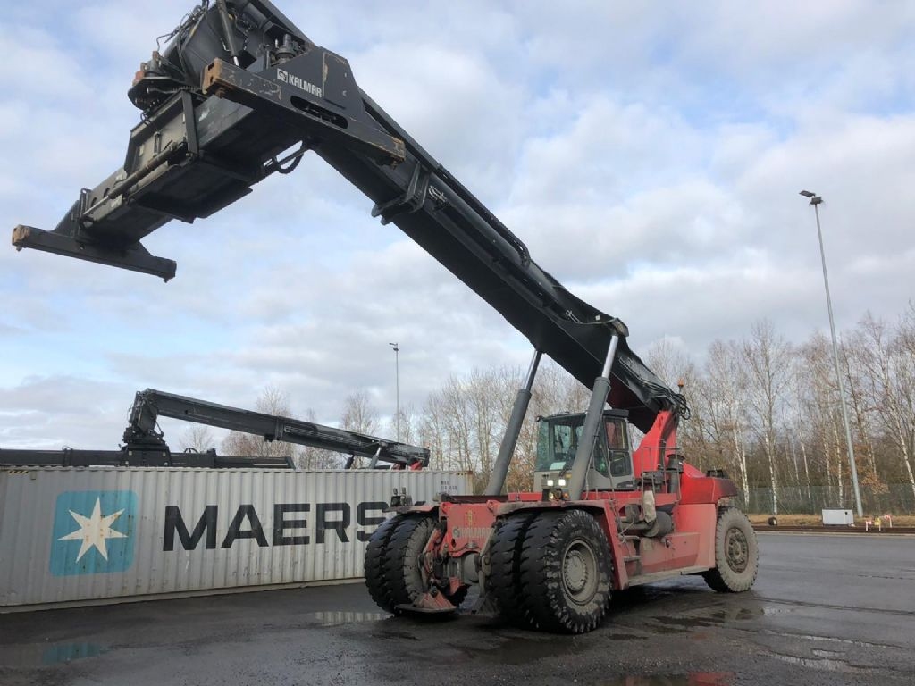 Kalmar-DRF450-65S5XS-Vollcontainer Reachstacker