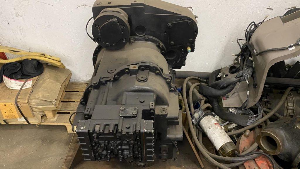 Clark Dana Spicer 340FTE17313-22 Transmission Transmission