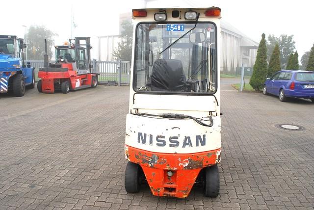 Nissan 002L20Cu Electric 4-wheel forklift