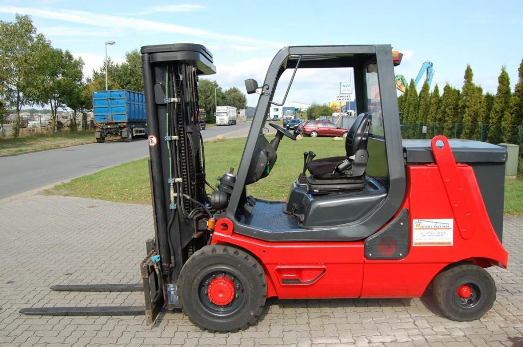 Linde E40P-02 Elettrico 4 ruote www.hinrichs-forklifts.com