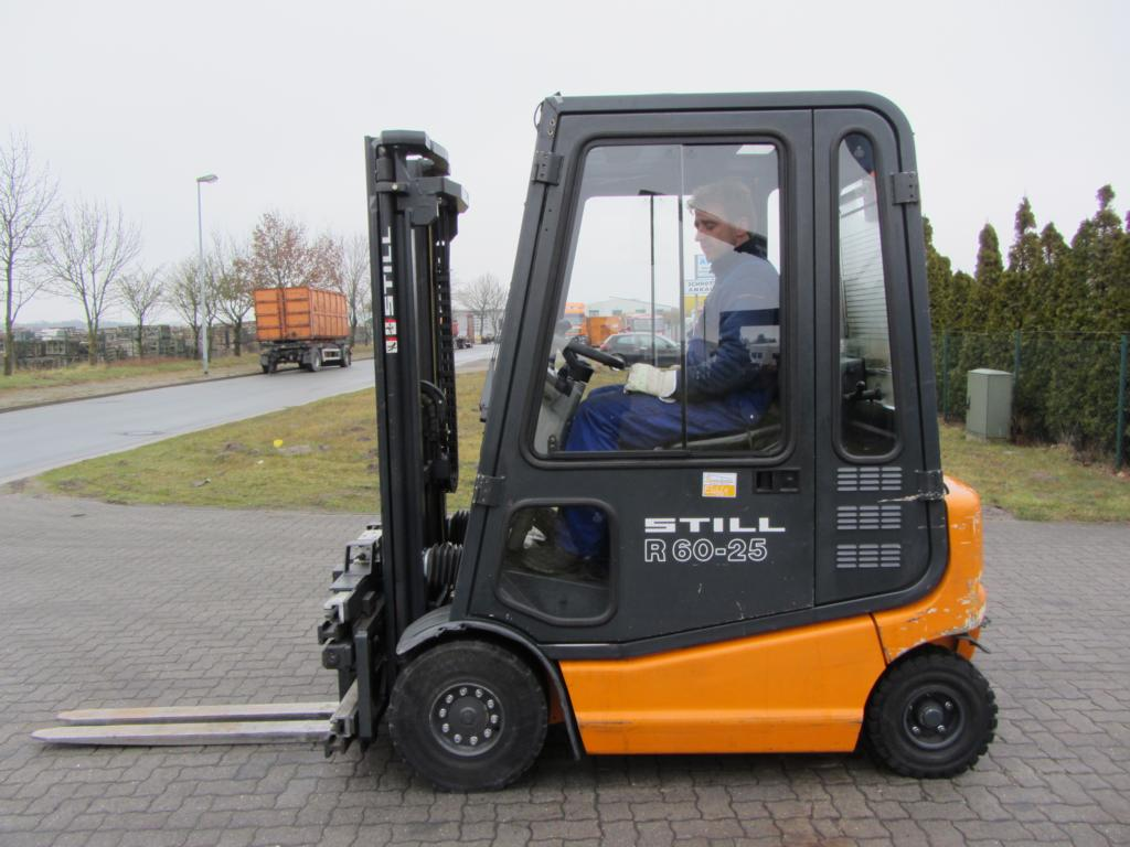 Still R60-25 Electric 4-wheel forklift www.hinrichs-forklifts.com