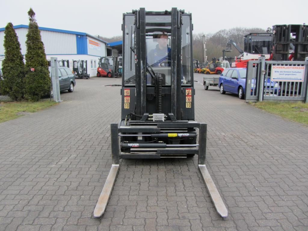 Still R60-25 Electric 4-wheel forklift