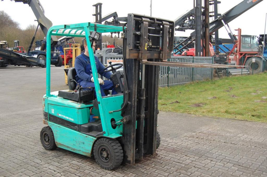 Mitsubishi FB18K Electric 4-wheel forklift