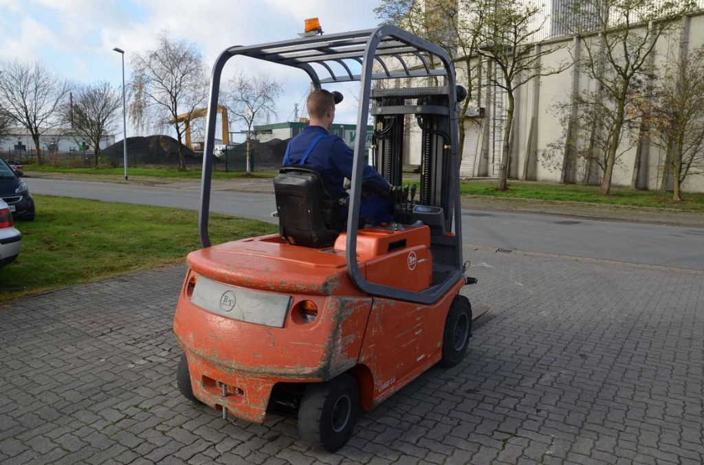 BT CBE3.0 Electric 4-wheel forklift