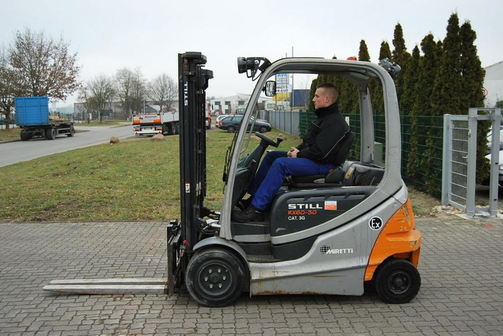 Still RX60-30 Electric 4-wheel forklift www.hinrichs-forklifts.com