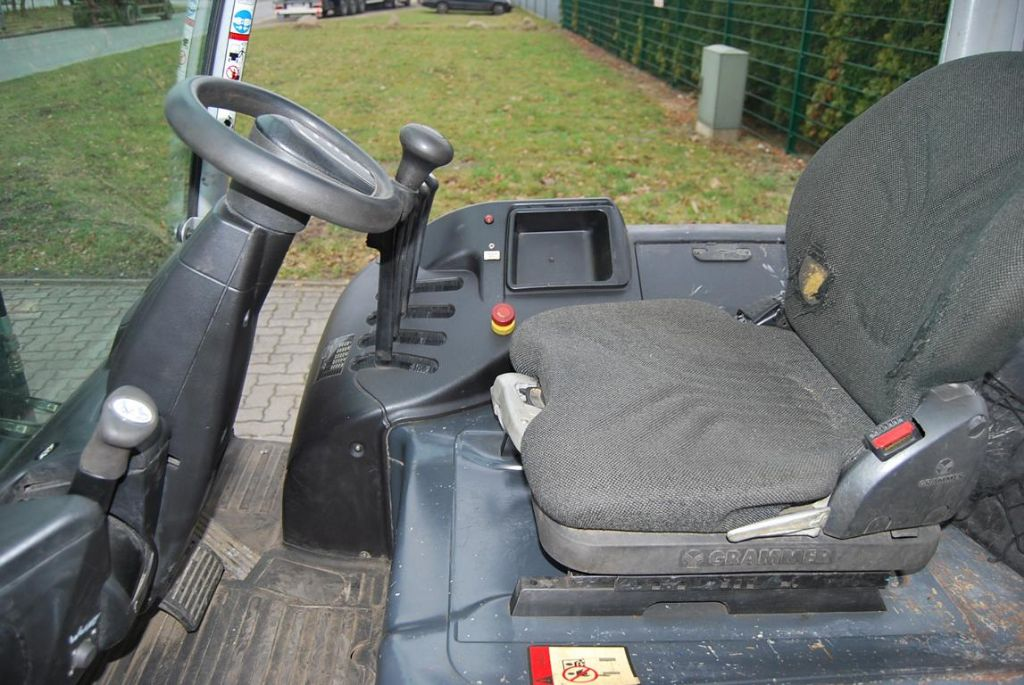 Still RX60-30 Electric 4-wheel forklift