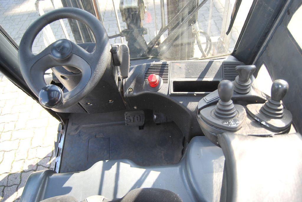 Linde E20PL-01 Electric 4-wheel forklift