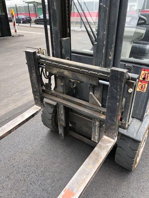 Still R60-25 Electric 4-wheel forklift