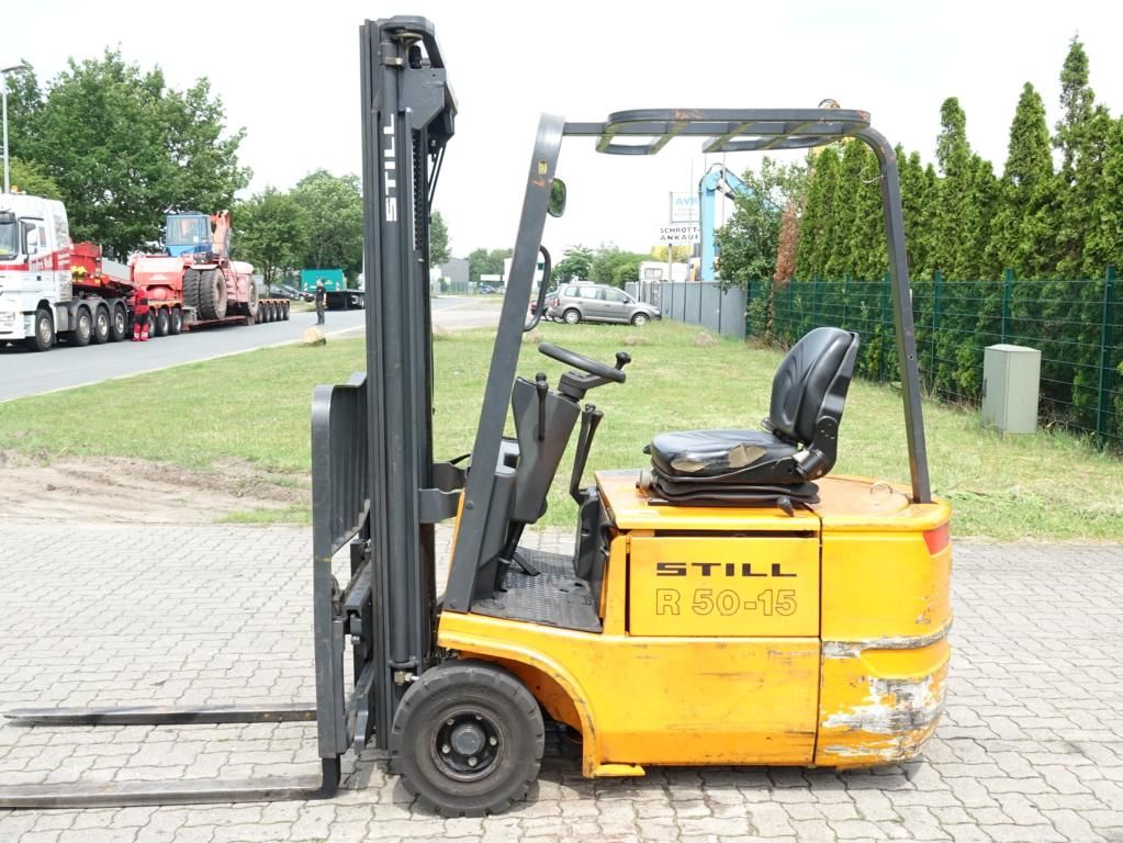 Still R50-15 Electric 3-wheel forklift www.hinrichs-forklifts.com