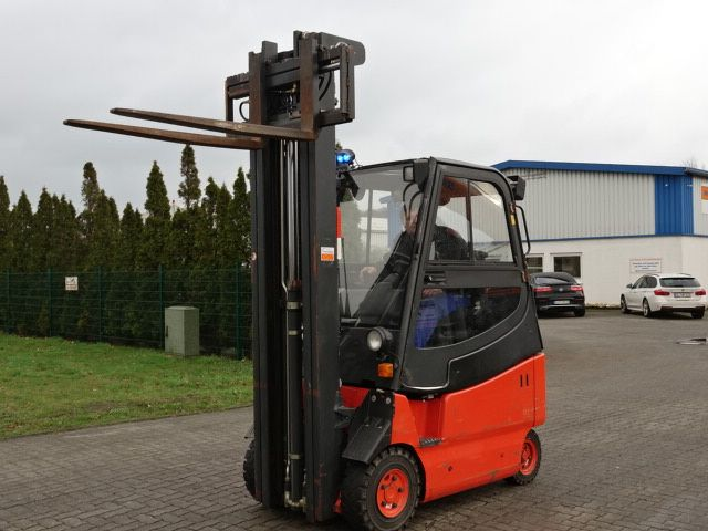 Linde E20/600 Electric 4-wheel forklift