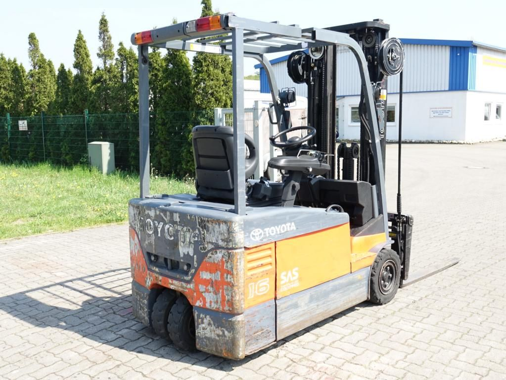 Toyota 7FBEF16 Electric 3-wheel forklift