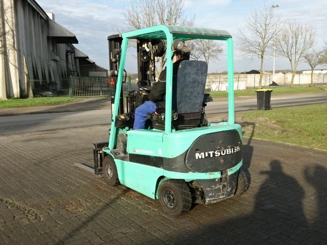 Mitsubishi FB18K Elektro 4 Rad-Stapler www.MecLift.de