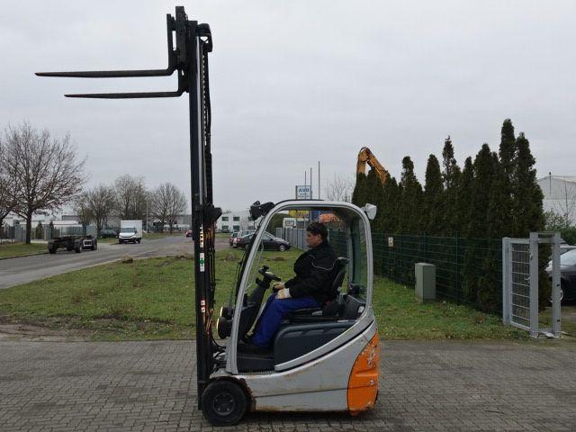 Still RX20-16 Elektro 3 Rad-Stapler www.MecLift.de