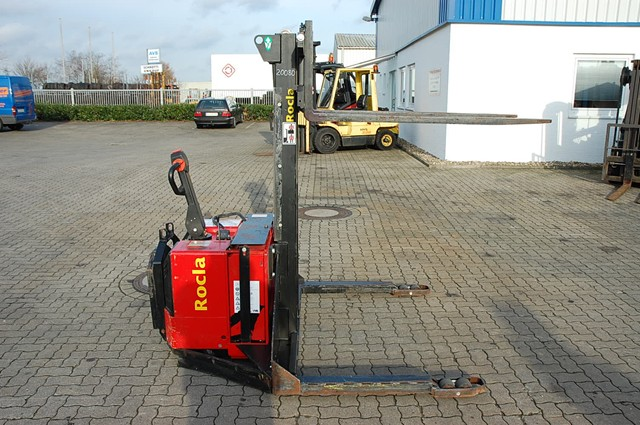 Rocla PEP14S High Lift stacker www.hinrichs-forklifts.com