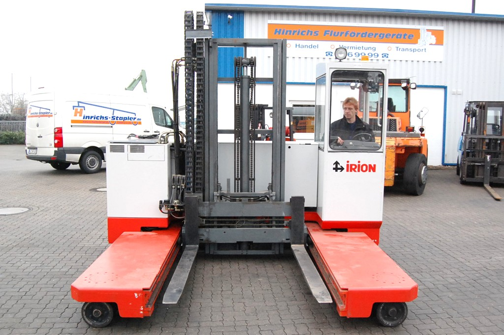 Irion EFY30-19-18-40ST Four-way side loader www.hinrichs-forklifts.com