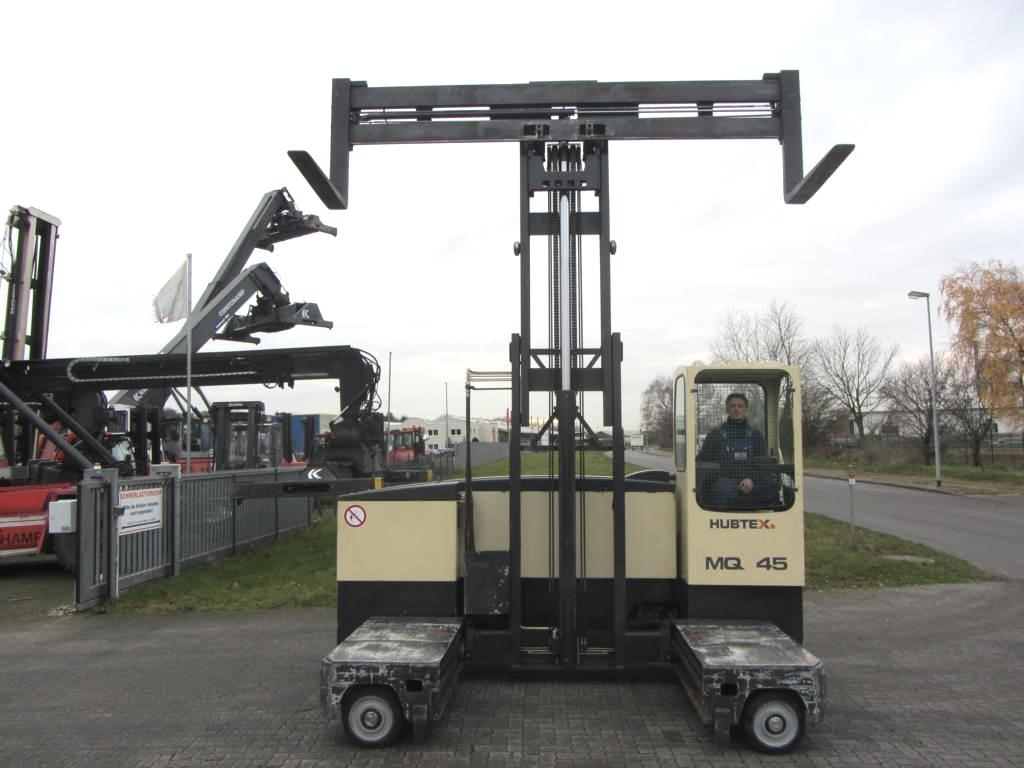 Hubtex MQ45 Four-way side loader www.hinrichs-forklifts.com