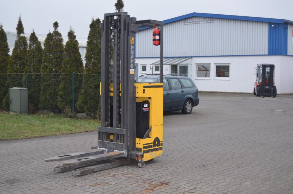 Atlet 125SDTL 525 ASN Stand-on stacker