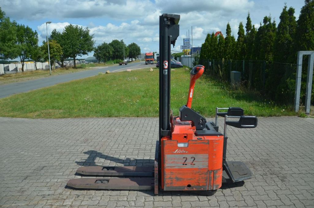 Linde L14AP High Lift stacker www.hinrichs-forklifts.com