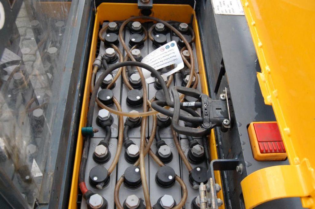 Jungheinrich ERD220 / G119-166ZT High Lift stacker