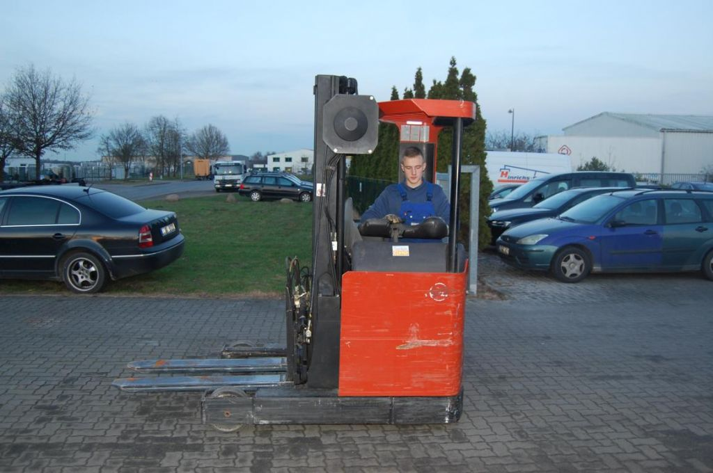 Schubmaststapler-BT-RRB1