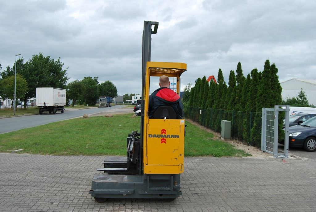 Baumann EVU30-28/08-06/55STLKH Four-way side loader www.hinrichs-forklifts.com