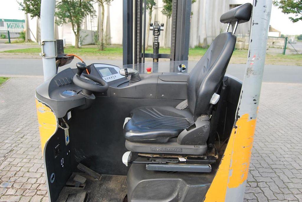 Still FM-X17 Electric reach truck