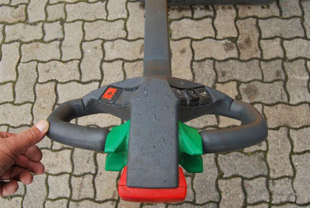 Jungheinrich EJC10 Pedestrian Stacker
