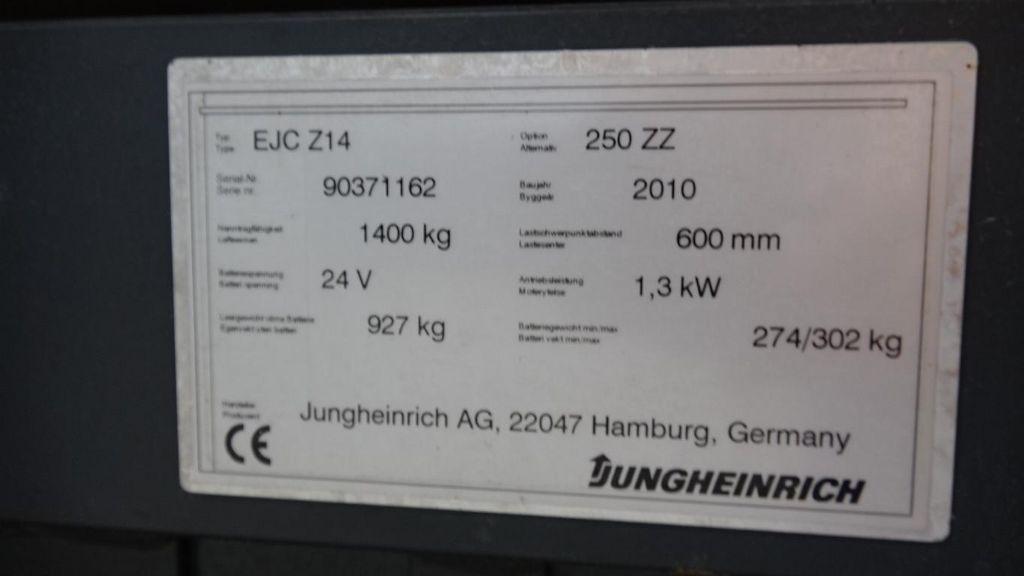 Jungheinrich EJC214/250ZZ Pedestrian Stacker