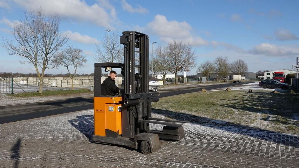 Still FM-4W25 Four-way side loader www.hinrichs-forklifts.com