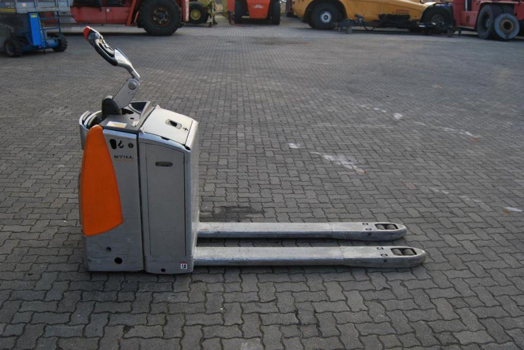 Still EXU-SF 20 Electric Pallet Truck