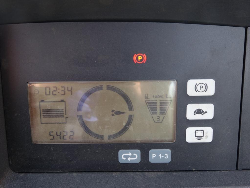 Jungheinrich-ETV216-Schubmaststapler www.hinrichs-forklifts.com
