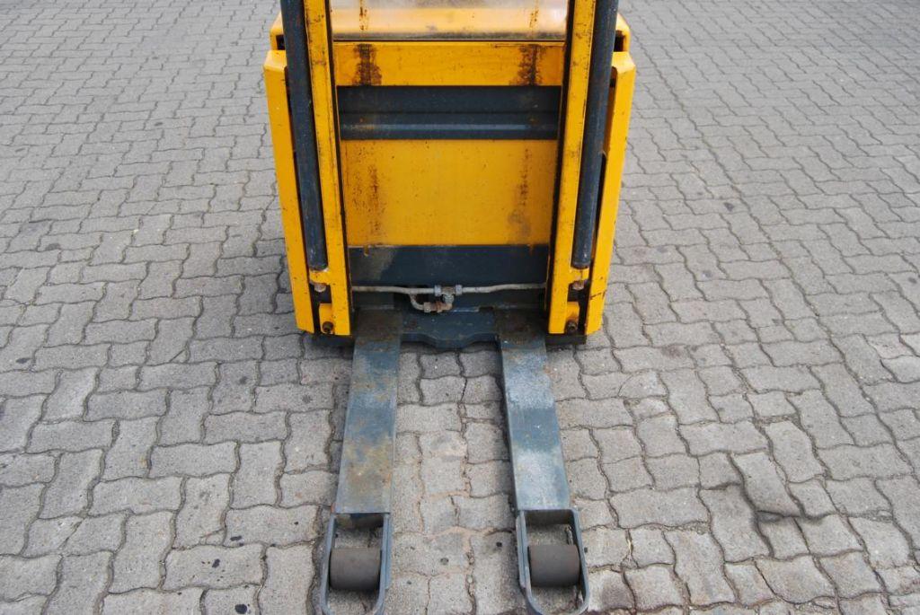 Jungheinrich ERC12G Pedestrian Stacker