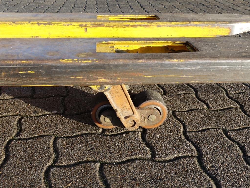 Steinbock Boss WP13  Pedestrian Stacker