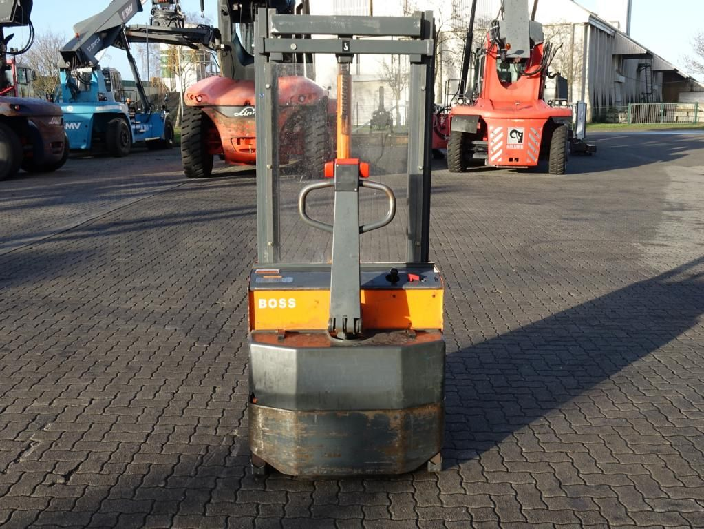 Steinbock Boss WP10 Pedestrian Stacker