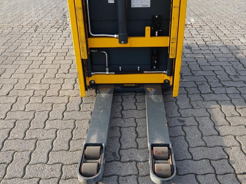 Jungheinrich ERC214 Pedestrian Stacker