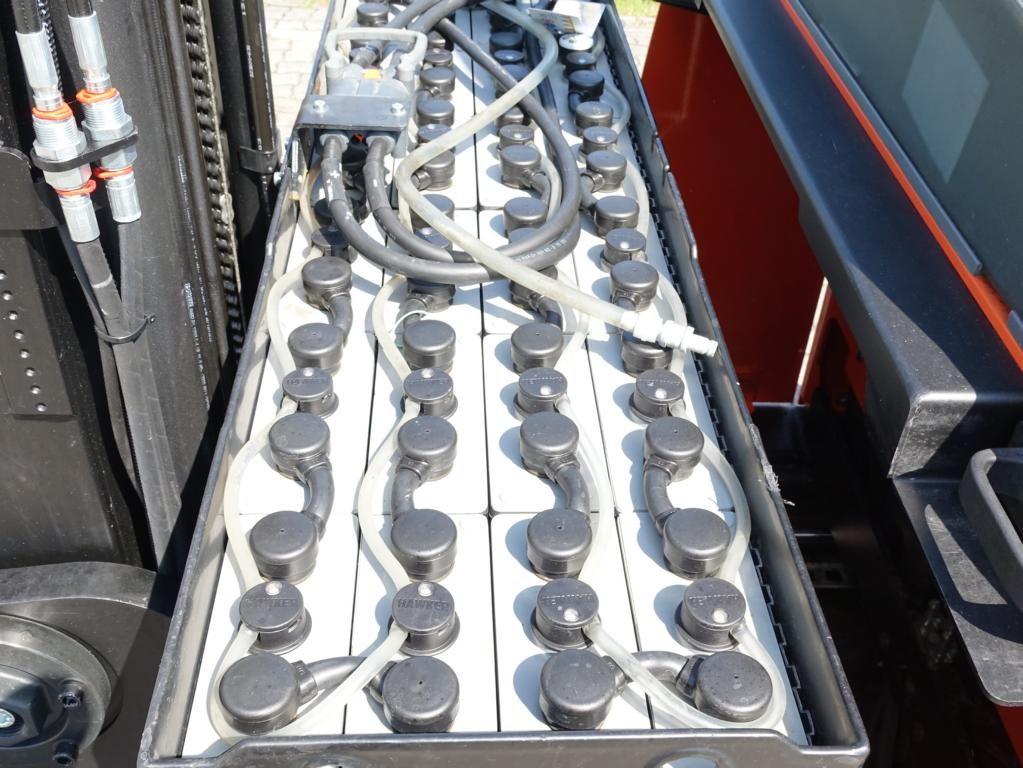 BT RRE140 Schubmaststapler