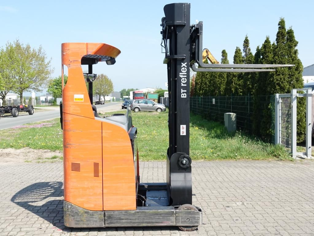 BT RRE140 Carrello retrattile