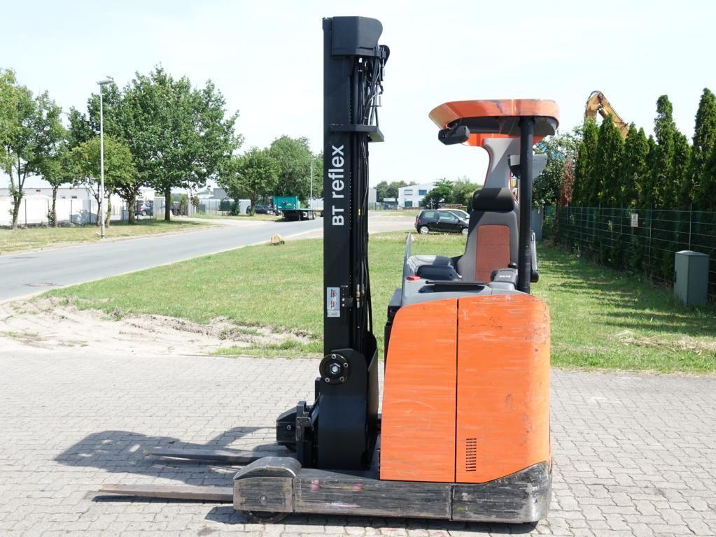 BT RRE140 Reach Truck www.hinrichs-forklifts.com