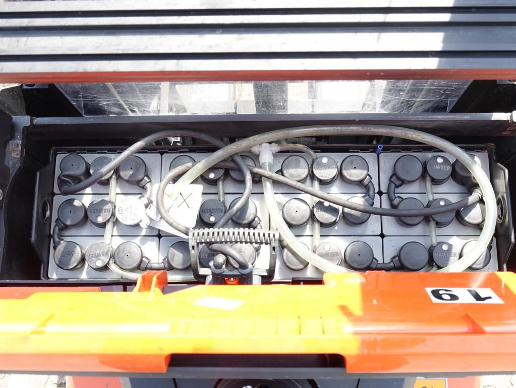 BT SWE120  High Lift stacker