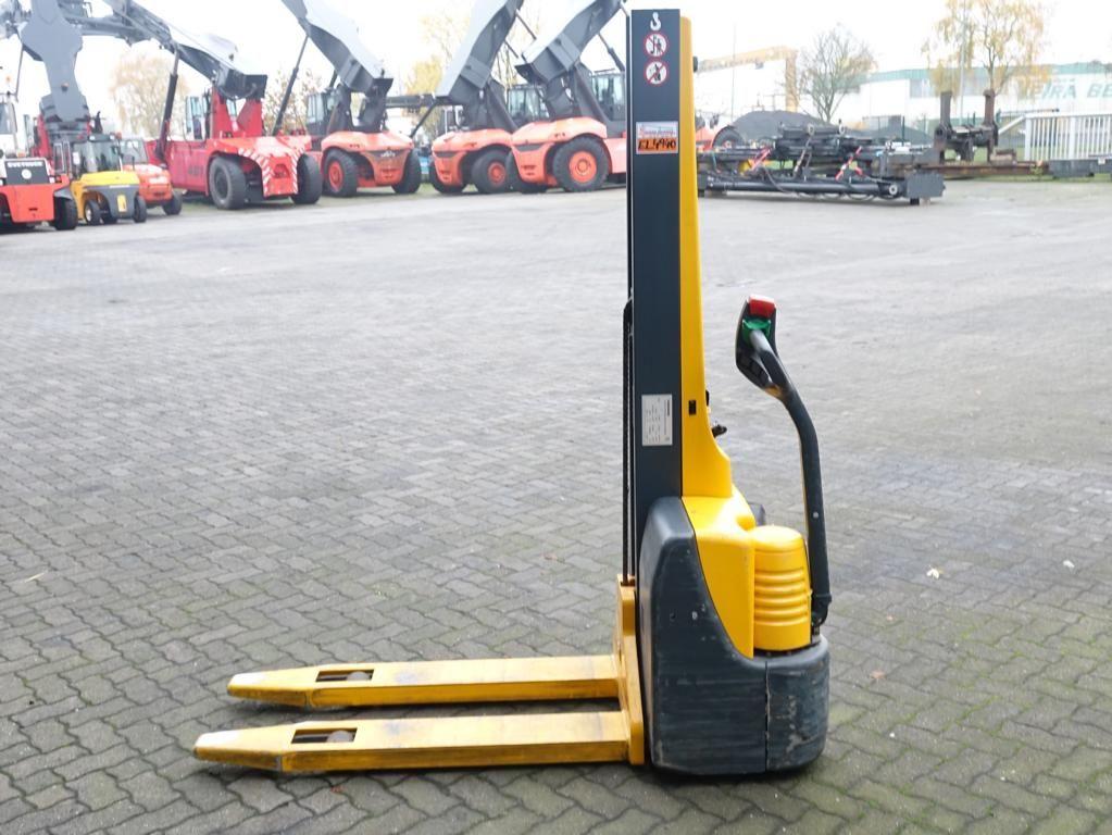 Jungheinrich EMC110 Pedestrian Stacker www.hinrichs-forklifts.com