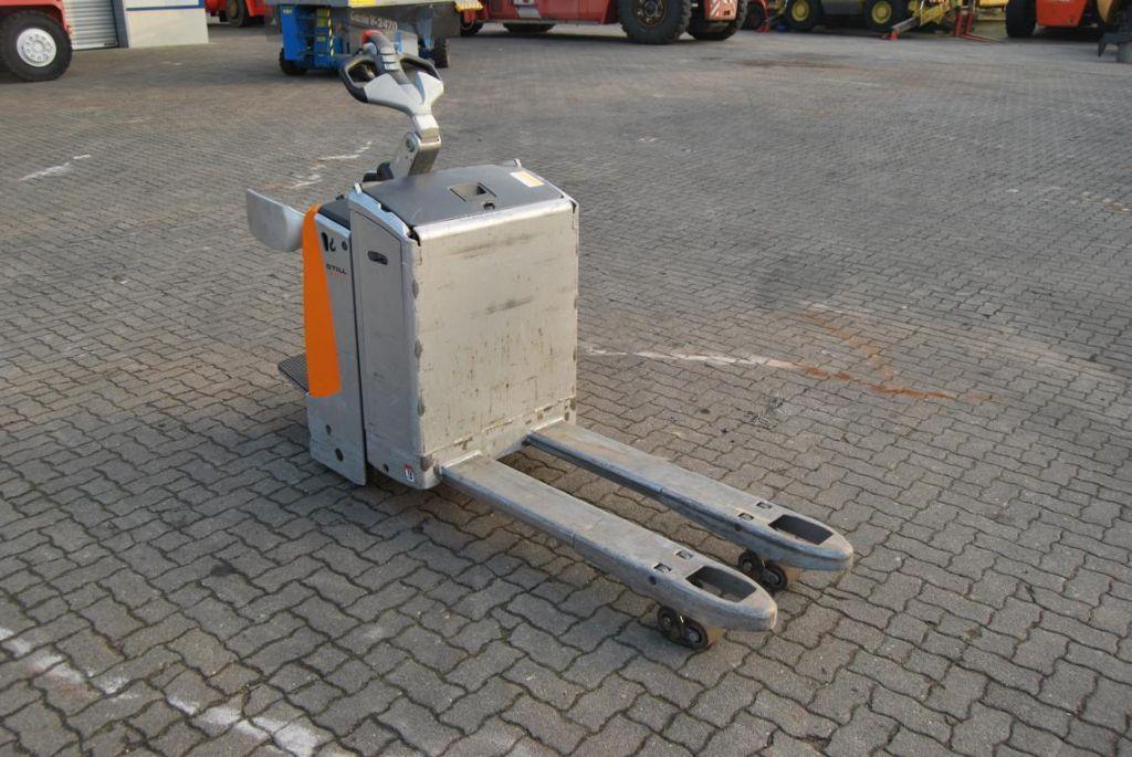 Still EXU-SF20 Electric Pallet Truck