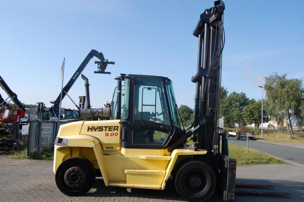 Hyster H9.00XMG GLP www.hinrichs-forklifts.com