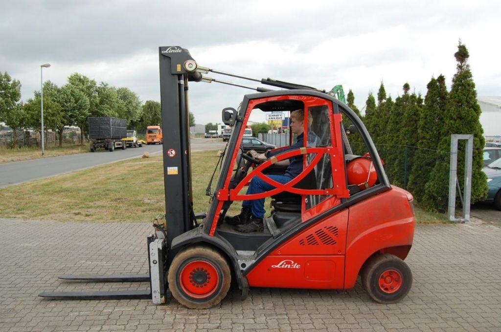 Treibgasstapler-Linde-H30T