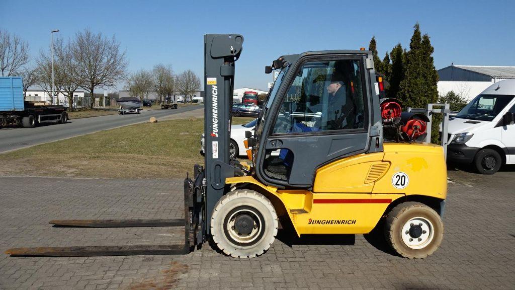 Treibgasstapler-Jungheinrich-TFG550G517DZ