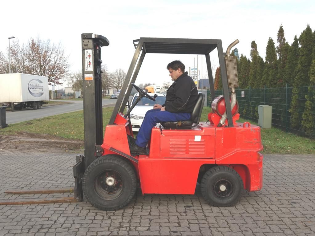 O+K V25 LPG Forklifts www.hinrichs-forklifts.com