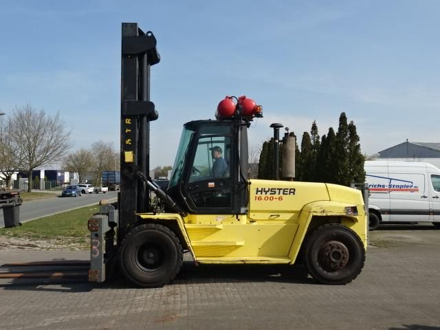 Hyster H16.00XM Heavy Forklifts www.hinrichs-forklifts.com
