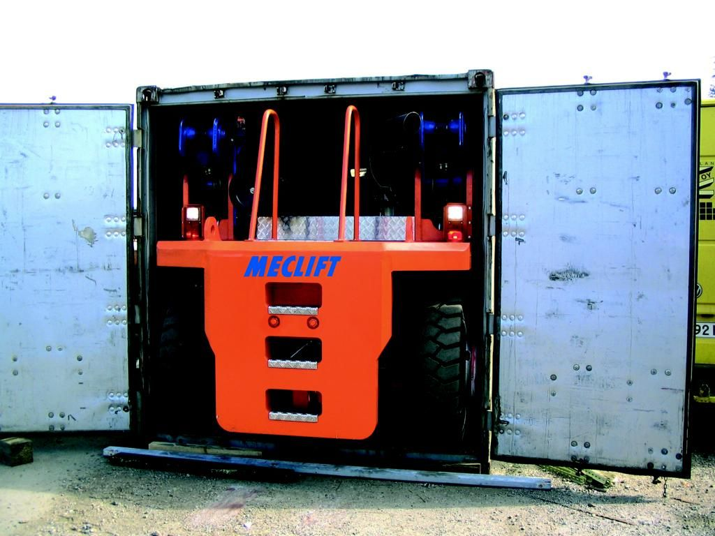 Meclift ML1812R Empty Container Reachstacker