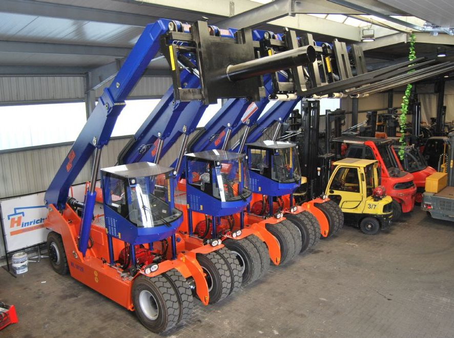 Meclift ML1812R Empty Container Handler www.hinrichs-forklifts.com