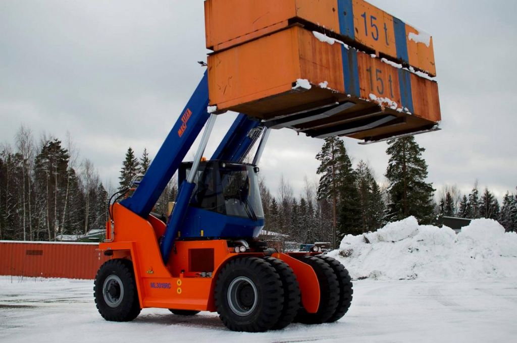 Meclift ML3012RC Full-container reach stacker