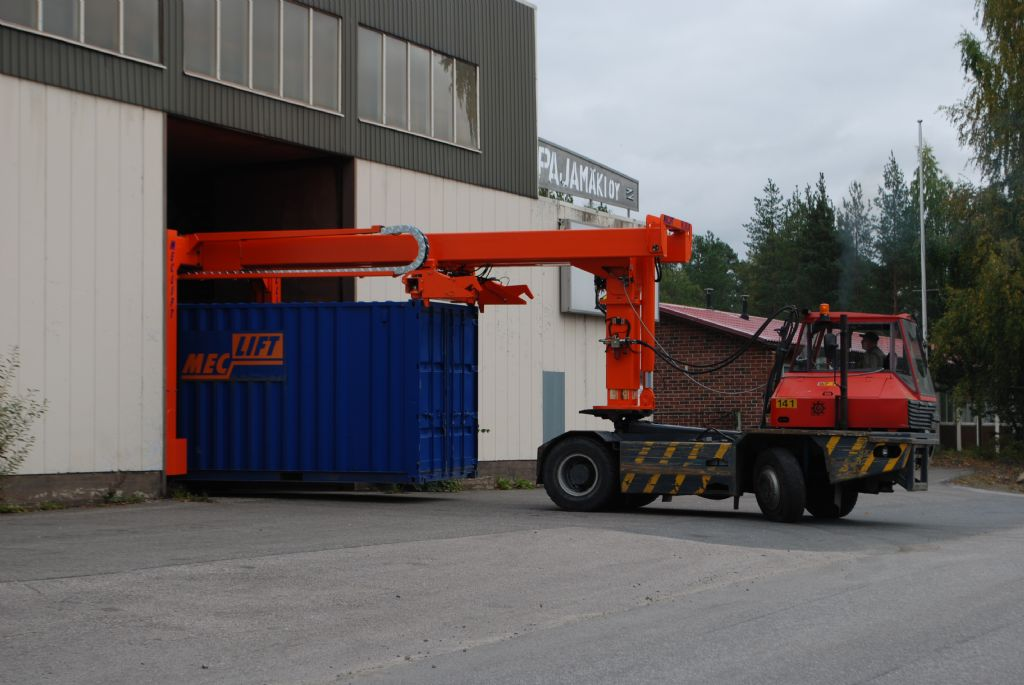 Meclift ML36CM Vollcontainer Reachstacker